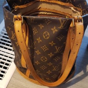 Vintage Louis Vuitton Monogram Bucket Purse!